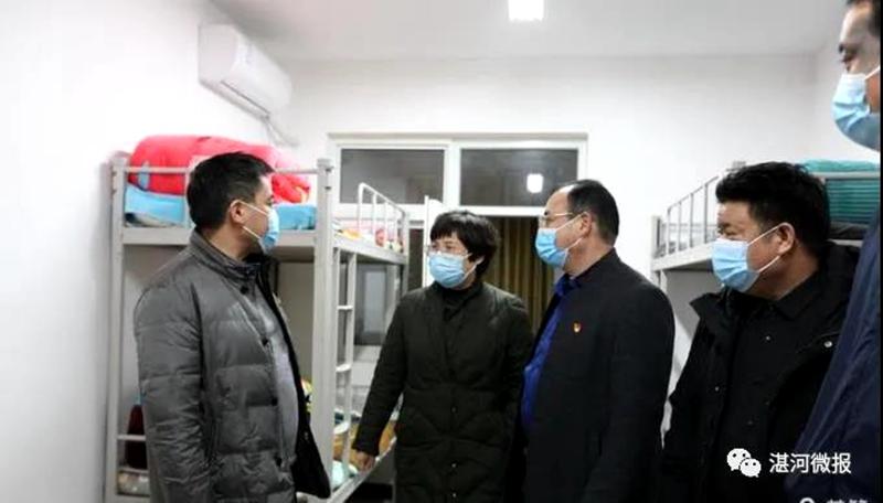 区委书记柳波到校园宣讲党的十九届五中全会精神时强调:努力学习,增强本领,做一个对国家、对家庭有用的人1.jpg