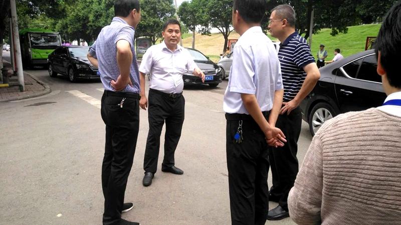 湛河区委书记柳波、区长陈斌督导检查创文工作2.jpg